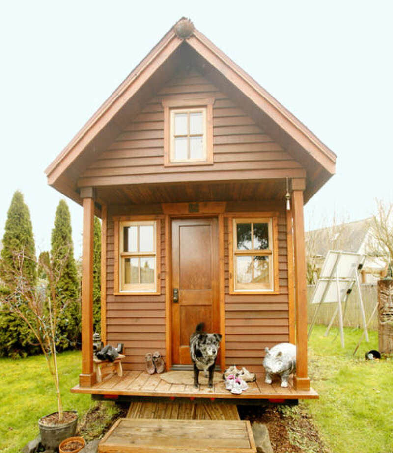 44 of the most impressive tiny homes you 39 ve ever seen sfgate for Large house builders