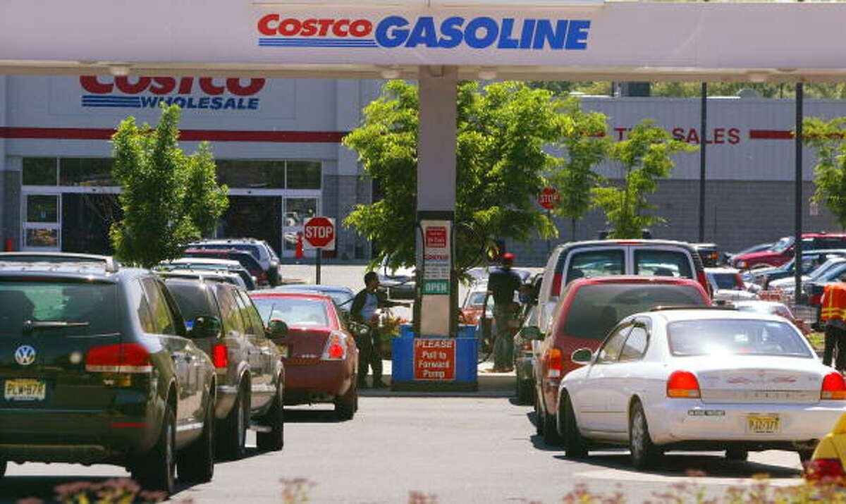 Hate: Getting gas at Costco .. on the weekend.