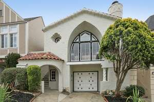 Henry Doelger-designed Mediterranean in Inner Parkside - Photo