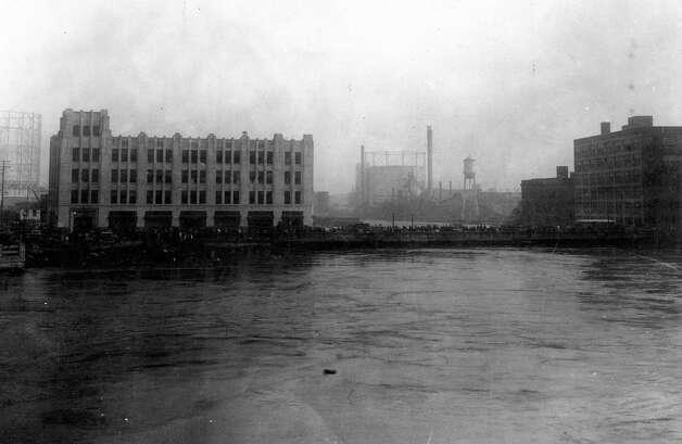 View toward the San Jacinto Street Bridge, looking east. Photo: J.R. Gonzales