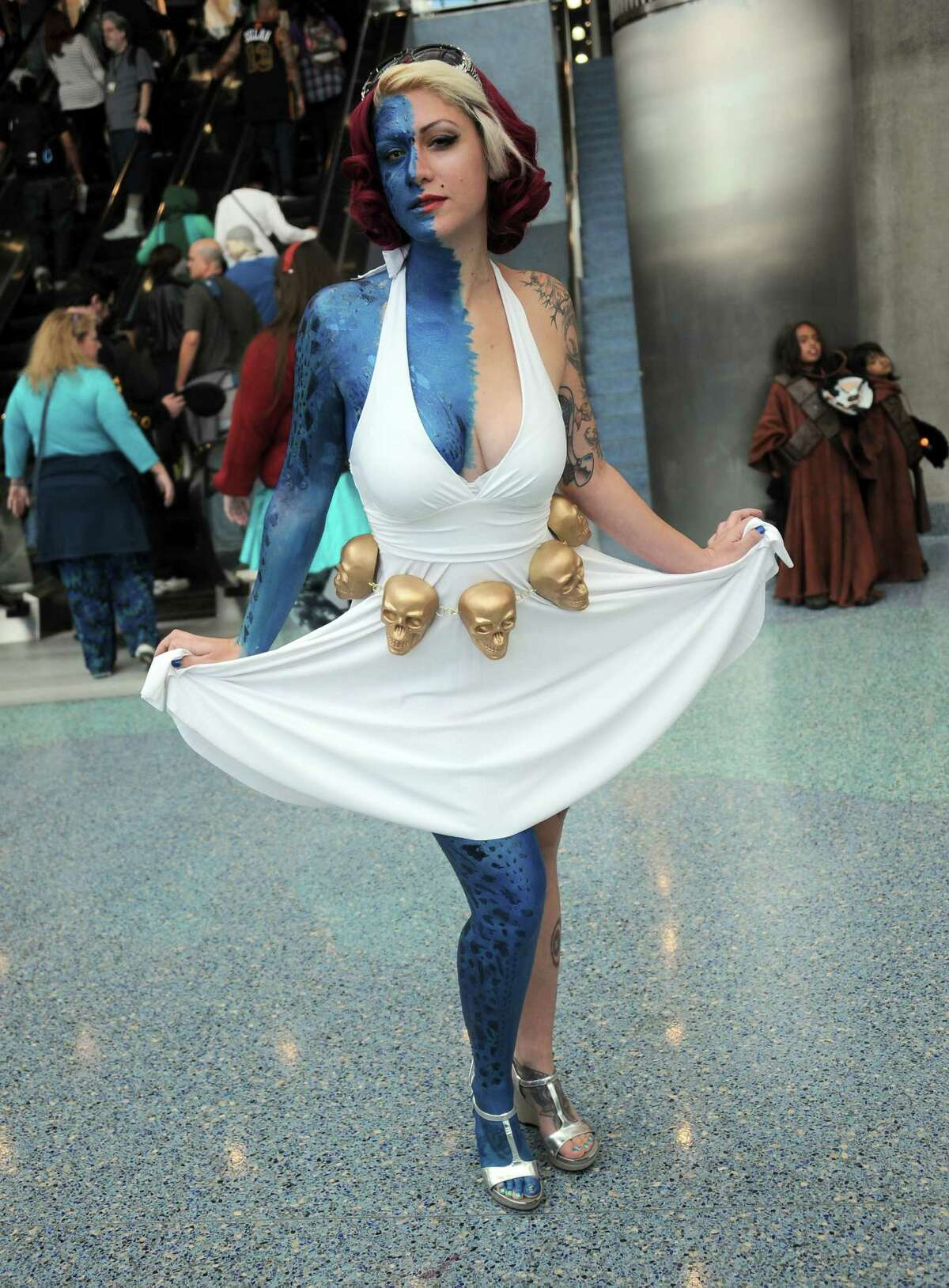 Cosplayer dressed as Mystique/Marilyn Monroe