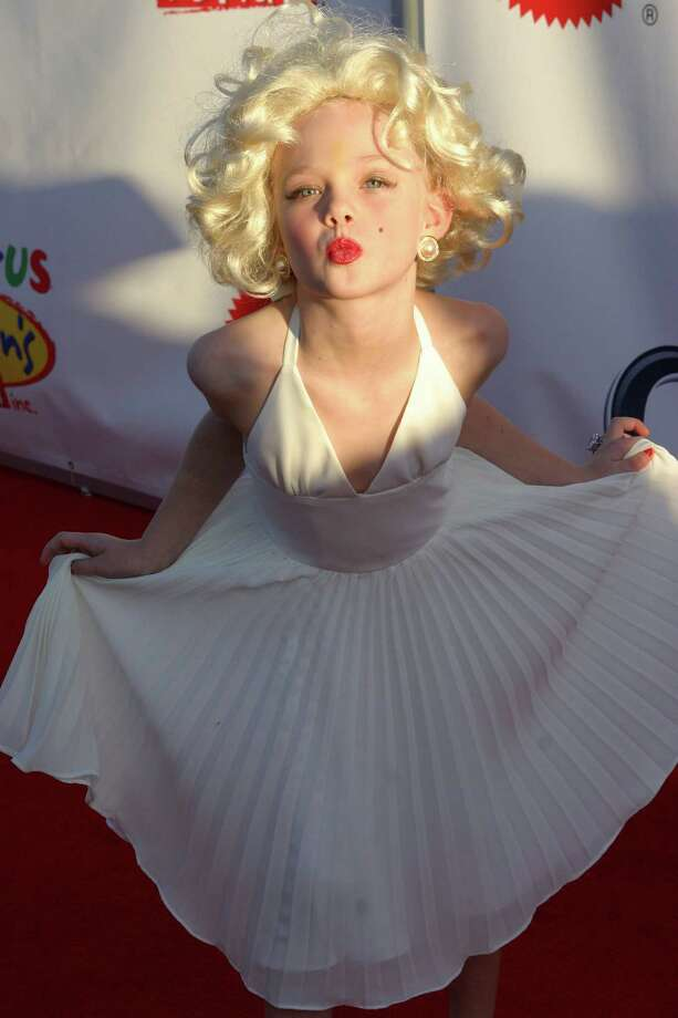 Elle Fanning Photo: Ana Elisa Fuentes, Getty Images / 2004 Getty Images