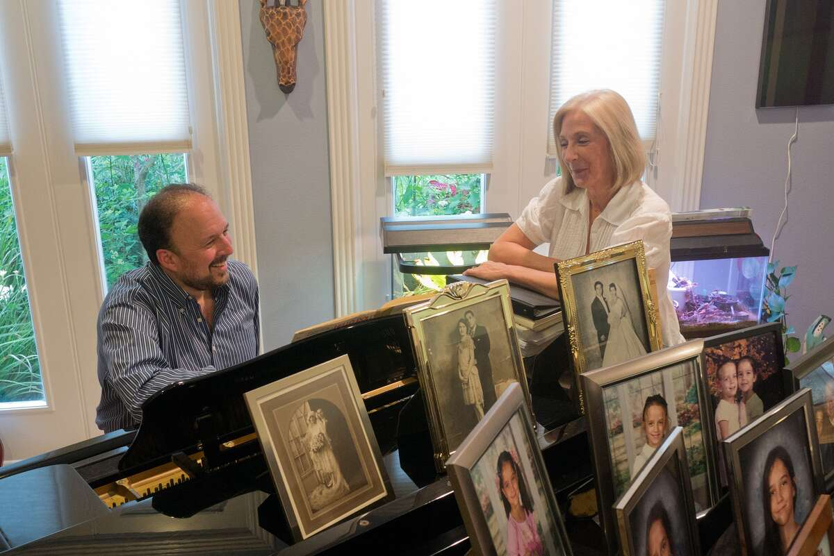 """Stewart Zuckerbrod and Deborah Broily discuss the show they collaborated on, """"Songs I Was Born To Sing,"""" which will be performed at Stages Repertory Theatre."""