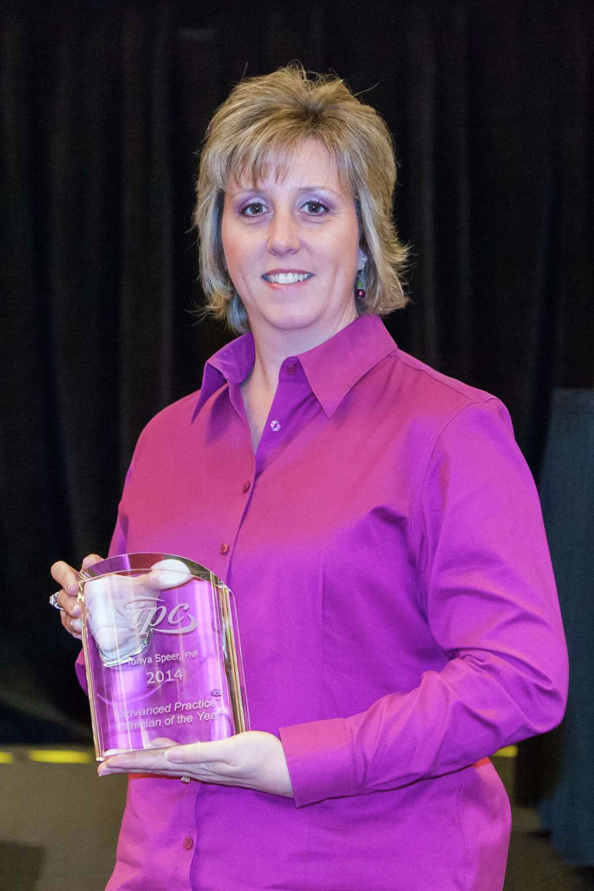 """Tonya Speer, FNP, was recently named a """"Clinician of the Year"""" by IPC Healthcare, a national acute hospitalist and post-acute provider organization.  Tonya Speer, FNP, was recently named a """"Clinician of the Year"""" by IPC Healthcare, a national acute hospitalist and post-acute provider organization."""