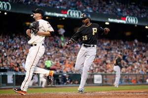Heston falters as Giants lose fourth straight game - Photo