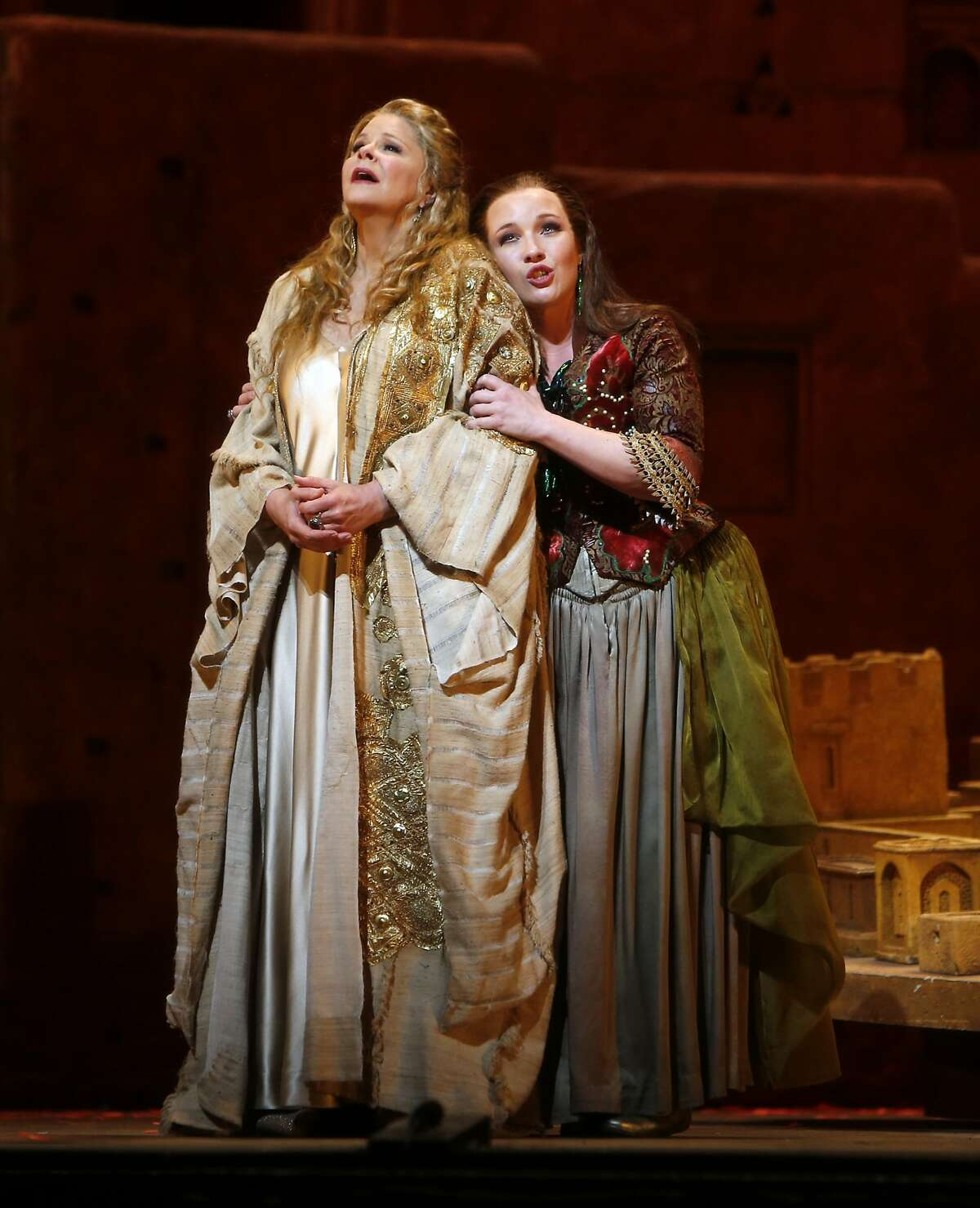 """Susan Graham as Dido and Sasha Cooke as Anna during San Francisco Opera dress rehearsal of Berlioz's opera """"Les Troyens"""" at the War Memorial Opera House in San Francisco, Calif., on Tuesday, June 2, 2015."""