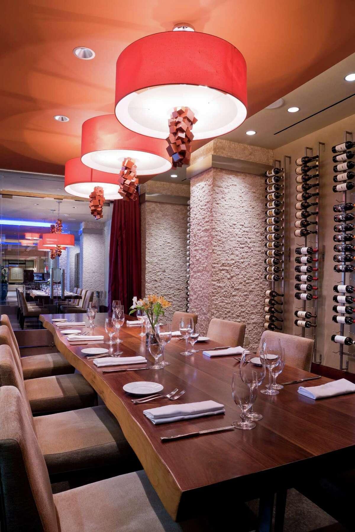 The Sustenio restaurant at the Éilan Hotel & Bar