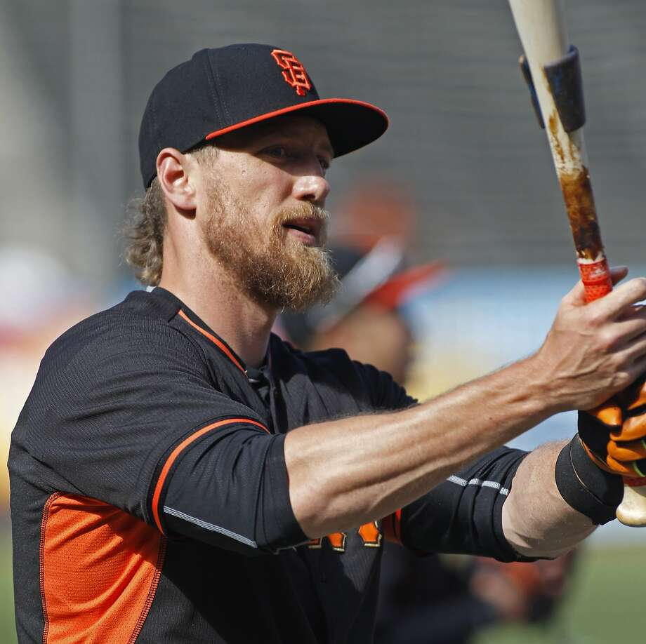 San Francisco Giants' Hunter Pence lifts the bat during batting practice before a baseball game against the Atlanta Braves, Saturday, May 30, 2015, in San Francisco. (AP Photo/George Nikitin) Photo: George Nikitin, Associated Press