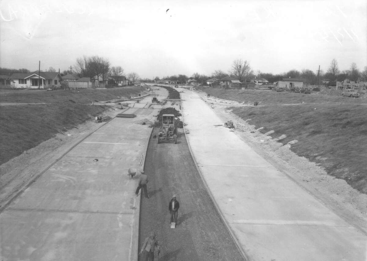 Finishing touches were being put on the Culebra section of Interregional Highway in this photo that was published in the Light, Jan. 7, 1949.