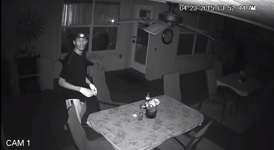 Sheriff's Deputies are searching for a theft suspect who was caught on camera. Photo: Bexar County Sheriff's Office
