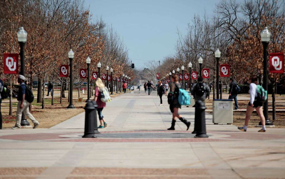 24. University of Oklahoma-Norman Campus - Norman, Oklahoma Percent of male students in fraternities: 26 percent Number of fraternities: 29 Number of fraternities with chapter houses: 17