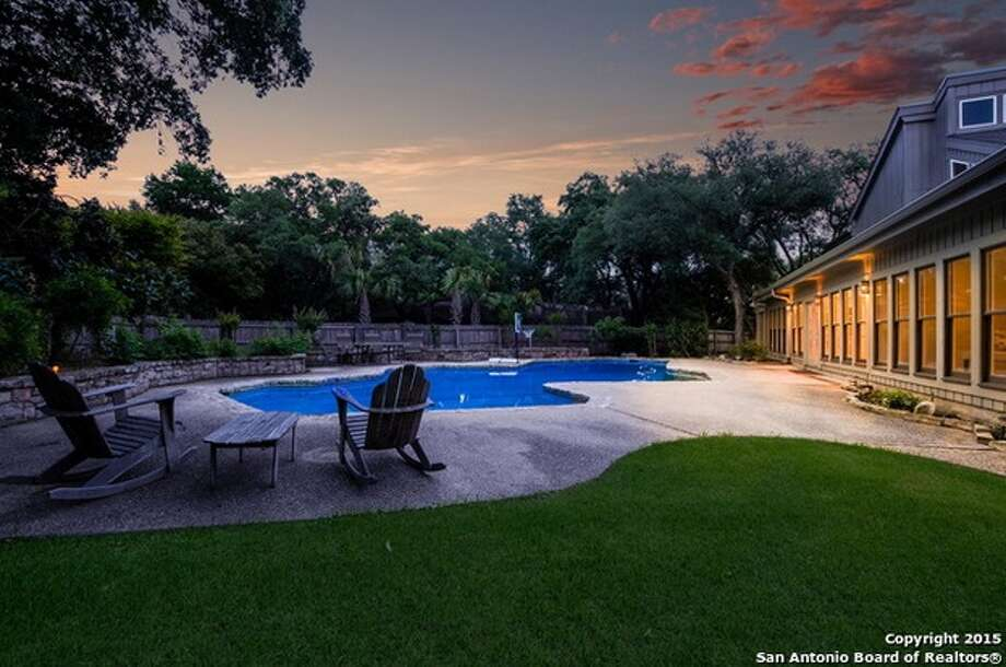 Bexar county 39 s biggest residential pools san antonio express news City of san antonio swimming pools