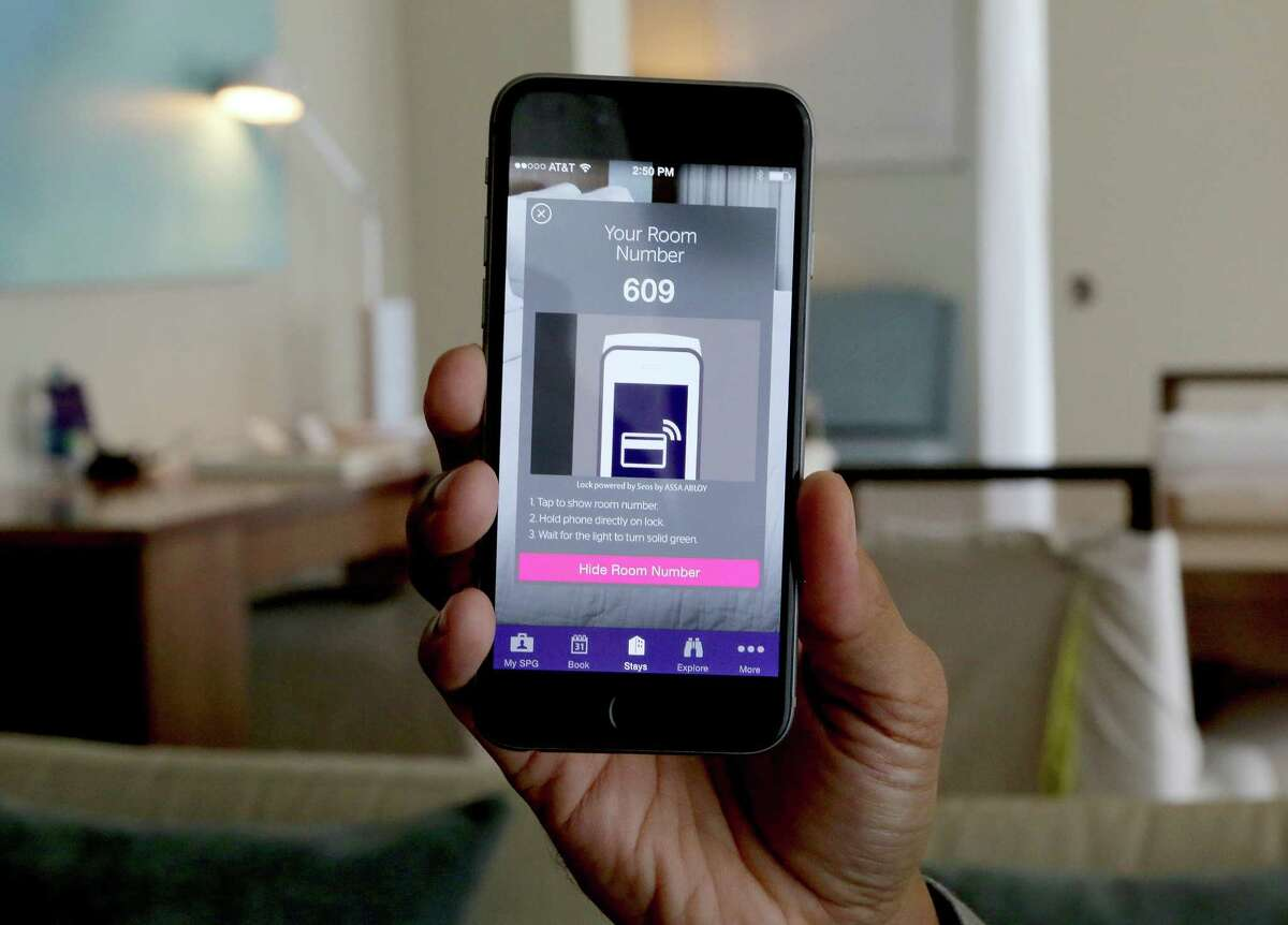 Starwood Hotels & Resorts recently launched keyless-entry smartphone technology for guests to enter their rooms. The hospitality industry is beginning to allow folks to skip the front desk for check-in. (Mike Stocker/Sun Sentinel/TNS) ORG XMIT: 1168554