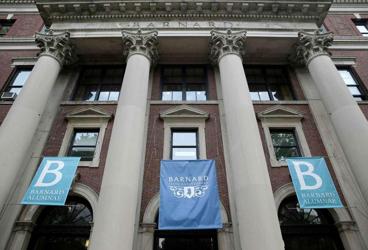 24. Barnard College Smart Rating: 97.86 New York City, New York Undergraduate enrollment: 2,573 Acceptance rate: 23.8 percent Average SAT score: 2035