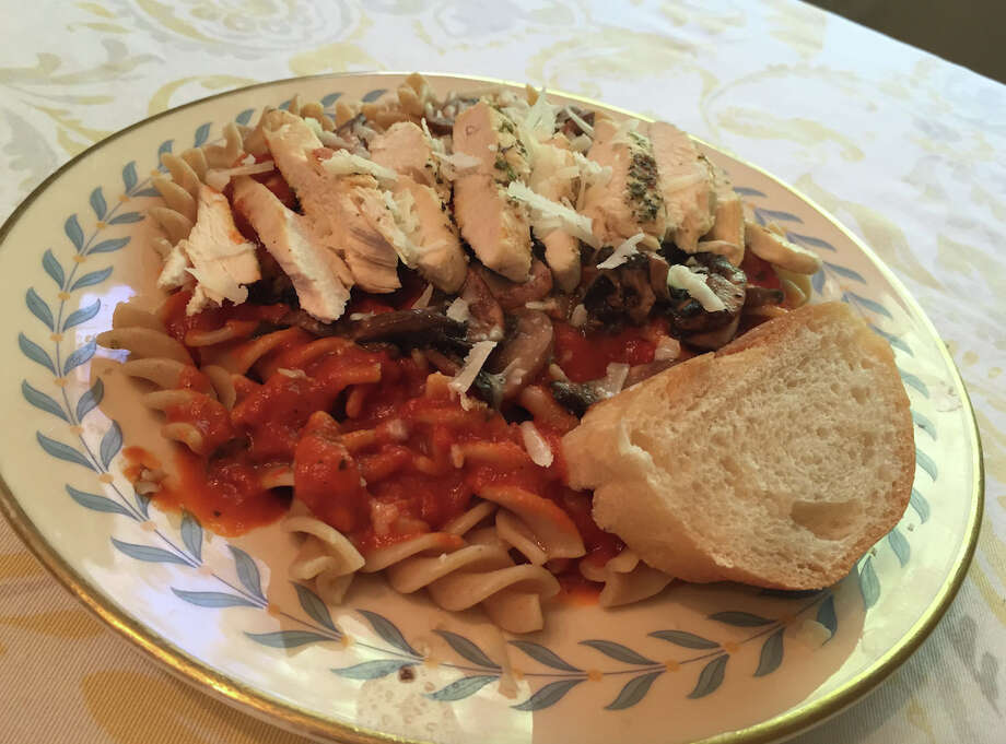 The final result: Erin Waring's Healthy Living Market & Cafe Italian-inspired meal. (Erin Waring)