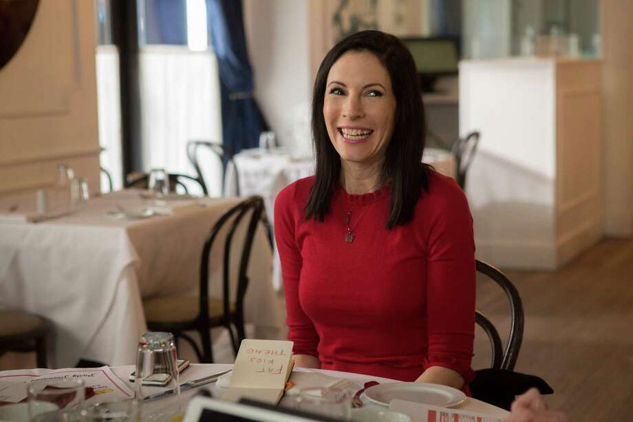 "Jill Kargman as Jill in ""Odd Mom Out."" Photo: Bravo / Eric Liebowitz / Bravo / 2014 Bravo Media, LLC"