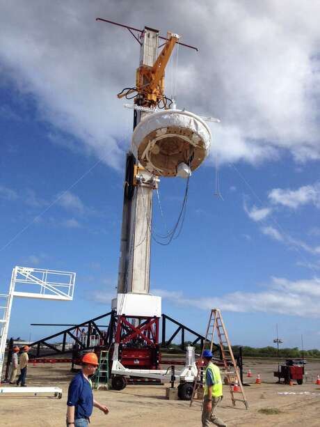 NASA's saucer-shaped experimental flight vehicle sits, ready for testing, at the U.S. Navy's Pacific Missile Range Facility in Kaua'i, Hawaii in April 2014. A parachute failed to inflate Monday during testing of new technology intended for a Mars mission. Photo: NASA, HO / Los Angeles Times