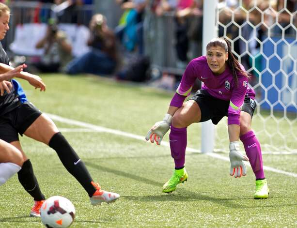 Hope Solo #1 of Seattle Reign FC prepares for a save against FC Kansas City in the second half of the National Women's Soccer League Championship on August 31, 2014 at Starfire Stadium in Tukwila, Washington. Photo: Craig Mitchelldyer, Getty Images