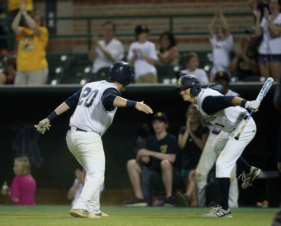 Cypress Ranch's Zeke Bear (left) and Mason Hibbeler will try to help the school win its second state championship in five years. Photo: Jon Shapley, Houston Chronicle / © 2015 Houston Chronicle