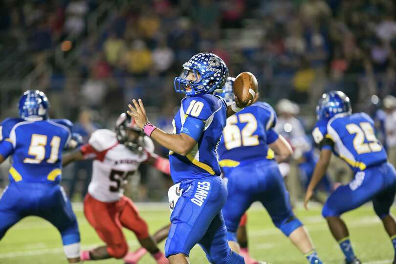 Manny Harris broke Robert Griffin III's single-season passing record at Copperas Cove as a junior