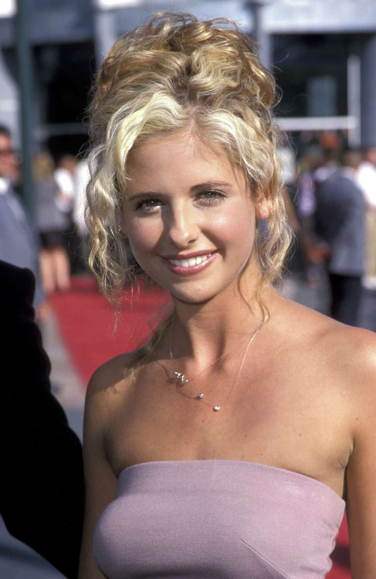 Then: Sarah Michelle Gellar played the villainous rich girl Kathryn Merteuil who who bets her step-brother that he can't seduce the headmaster's daughter and generally screws with lives of whomever she gets an itch to.