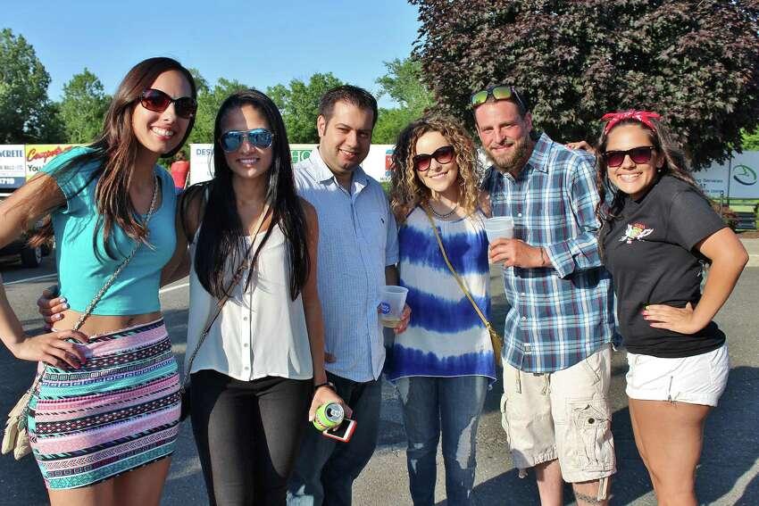 Danbury Population July 1, 2014: 83,891 | Population July 1, 2015: 84,657 Percent change, 2014 to 2015: 0.9%Source: U.S. Census
