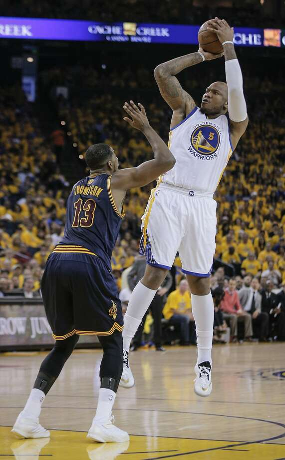 Golden State Warriors' Marreese Speights shoots over Cleveland Cavaliers' Tristan Thompson in the second period during Game 2 of The NBA Finals on Sunday, June 7, 2015 in Oakland, Calif. Photo: Carlos Avila Gonzalez, The Chronicle