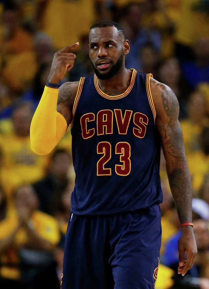 LeBron James carried the Cavaliers to victory Sunday night with 39 points, 16 rebounds and 11 assists. Photo: Ezra Shaw, Staff / 2015 Getty Images