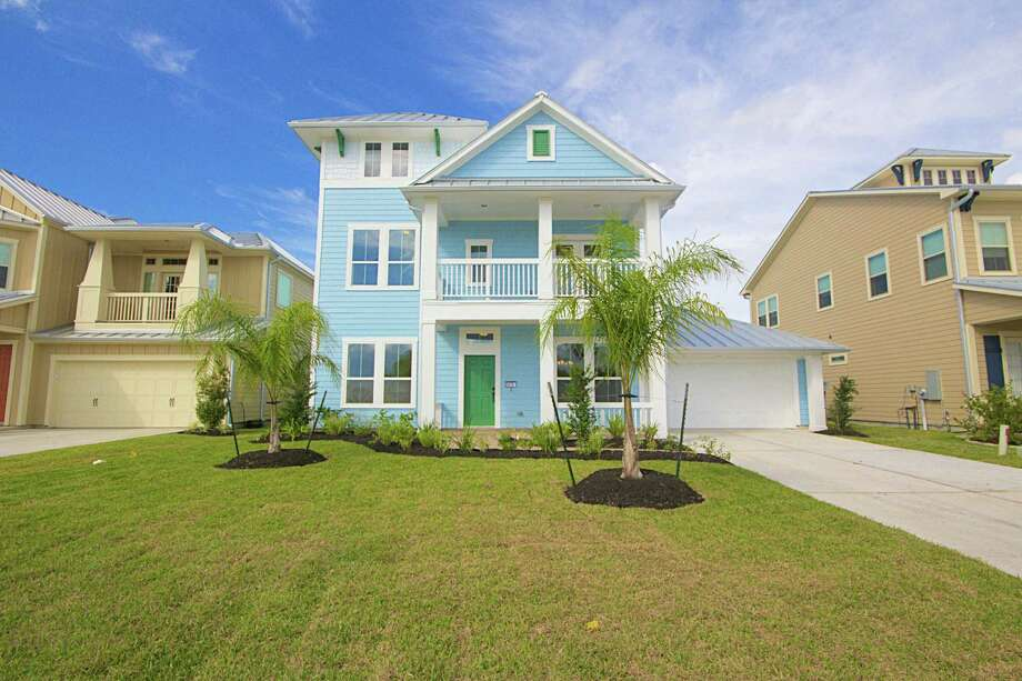 In the 60-foot section is the Kiva at 5410 Brigantine Cay Court, priced at $461,344.