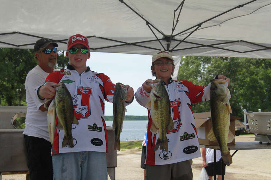 Hunter Martindale & Chase Webb from Jasper took the win with a total weight of 13.85 pounds. They also had the Big Bass of the tournament a 5.45 lb kicker.  Photo by Carla Moorhead, Lakecaster