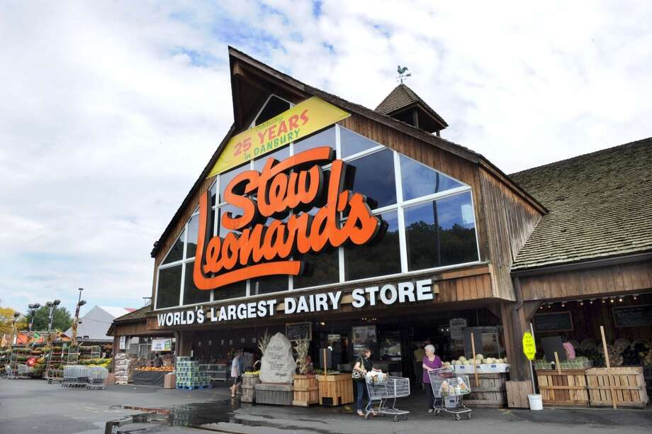 Scroll ahead for five reasons whyBusiness Insidervoted Stew Leonard's the best grocery store in America in 2015. Photo: Carol Kaliff