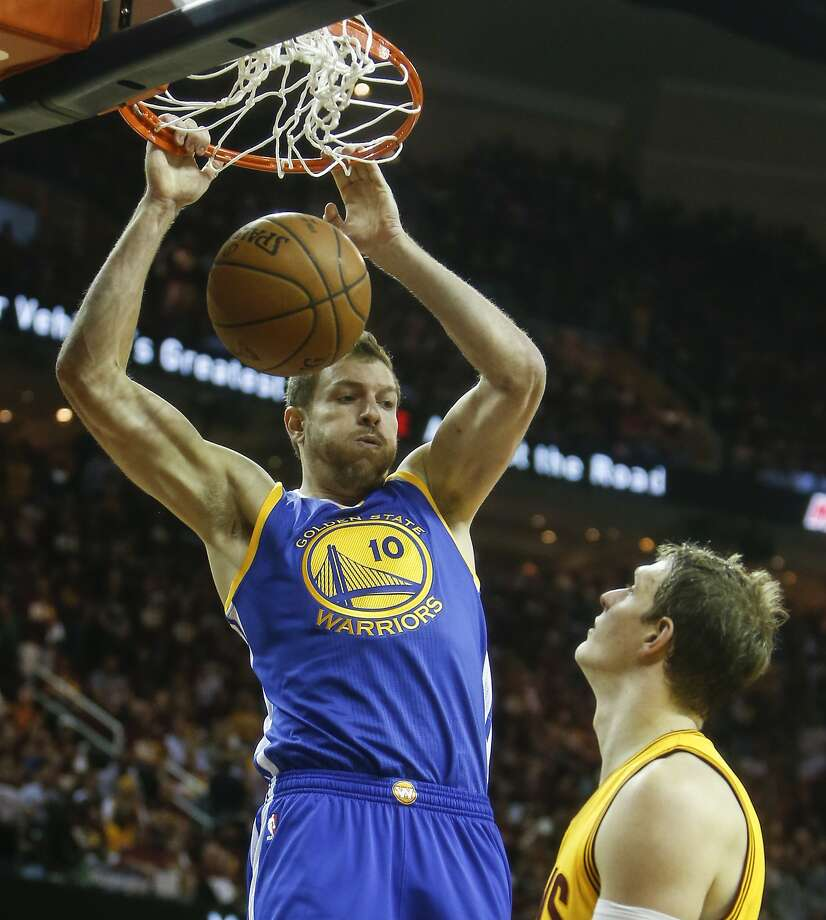 Golden State Warriors' David Lee dunks the ball in the second period during Game 3 of The NBA Finals between the Golden State Warriors and Cleveland Cavaliers at The Quicken Loans Arena on Tuesday, June 9, 2015 in Cleveland, Ohio. Photo: Scott Strazzante, The Chronicle