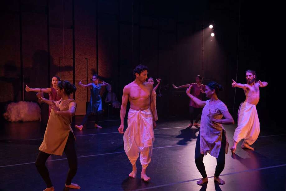 """AtticRep's """"From the Mahabharata -- The Great Dance-Off"""" blended traditional Indian dance with contemporary choreography. Photo: Courtesy Siggi Ragnar / sRagnar Fotografi"""