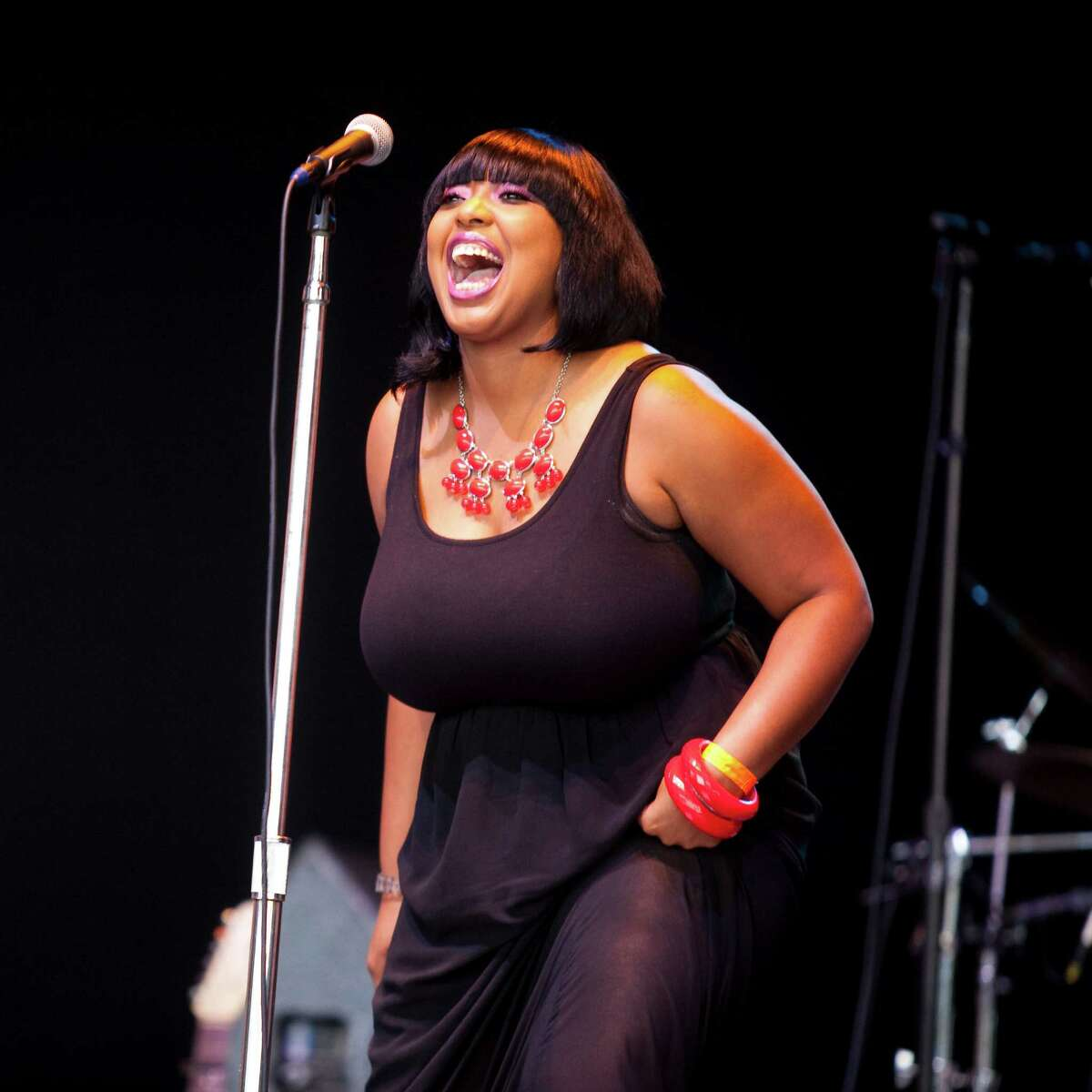 Blues singer Annika Chambers