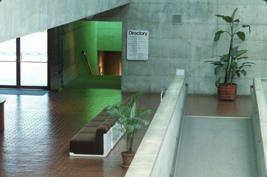 "Dan Flavin's ""Untitled (for Gretchen)"" casts a green glow inside the Berkeley Art Museum and Pacific Film Archive in 1977-78. Photo: Colin McCrae / Colin McCrae"
