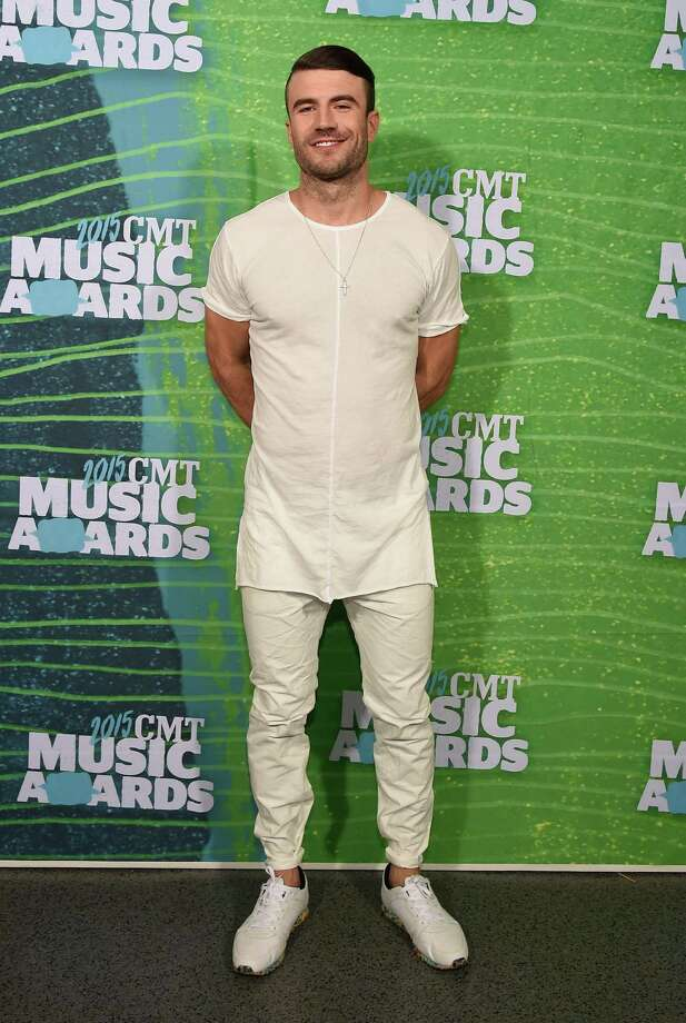 Singer Sam Hunt, pictured here at the 2015 CMT Music Awards, will perform at the EA Sports Bowl ahead of Super Bowl LI at Club Nomadic in Houston. Photo: Rick Diamond, Getty Images / 2015 Getty Images