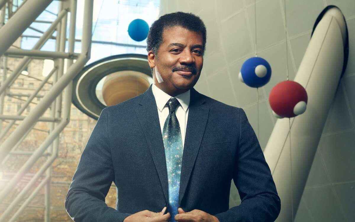 The best Hollywood aliens, according to astrophysicist Neil deGrasse Tyson, don't always have to be present in the film to make the movie good. Here's a countdown of Tyson's favorite aliens.