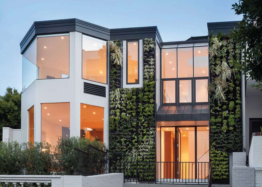 Living walls and floor-to-ceiling windows dominate the exterior of 2365 Broadway in Pacific Heights. Photo: Jacob Elliott