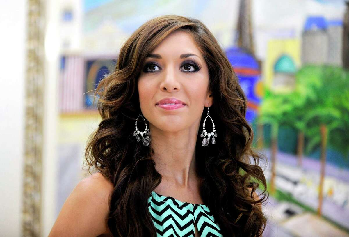 After years on the market, former reality star Farrah Abraham finally managed to sell her Austin home - for almost $300,000 less than asking. >> Take a peek inside her home