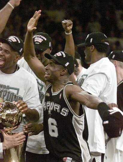 1999: Avery Johnson, Spurs On a team dominated by big men TIm... Photo-8136508.111469 - Houston ...