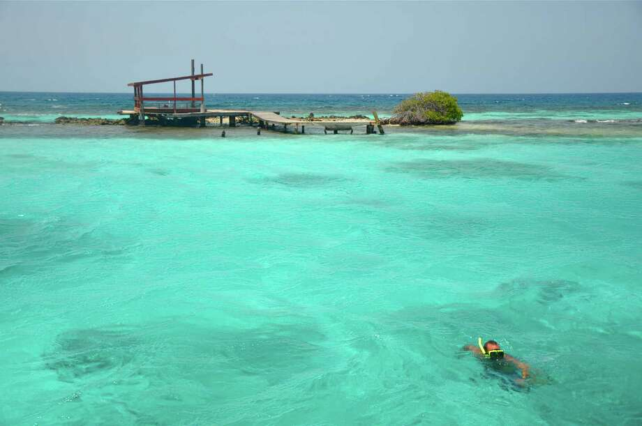 Explore The Beauty Of Caribbean: Explore The Happy Island Of Aruba By Boat, Jeep And Horse