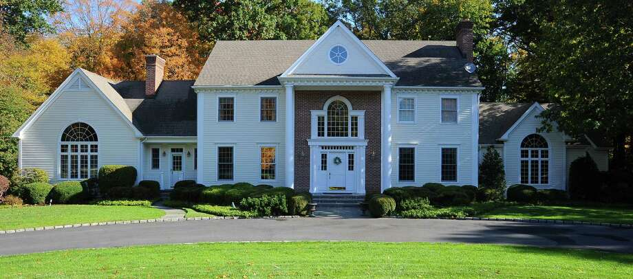 The property at 173 Quarter Horse Lane is on the market for $1,995,000. Photo: Contributed Photos / Fairfield Citizen