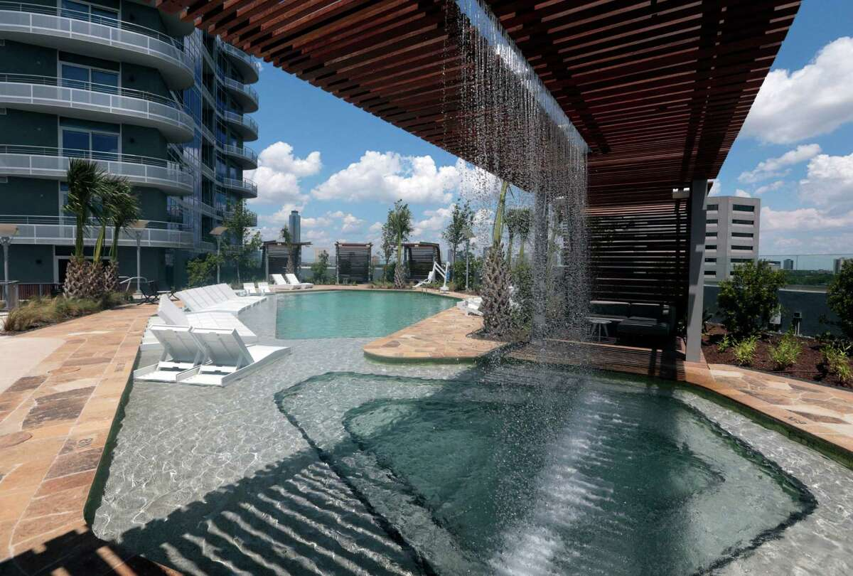 The pool and grotto area are featured at Houston's newest luxury multifamily high-rise, 2929 Weslayan. It's a mixed-use project on 1.7 acres inside the 610 Loop. Other amenities are a skyline lounge and a grilling station with fire pit.