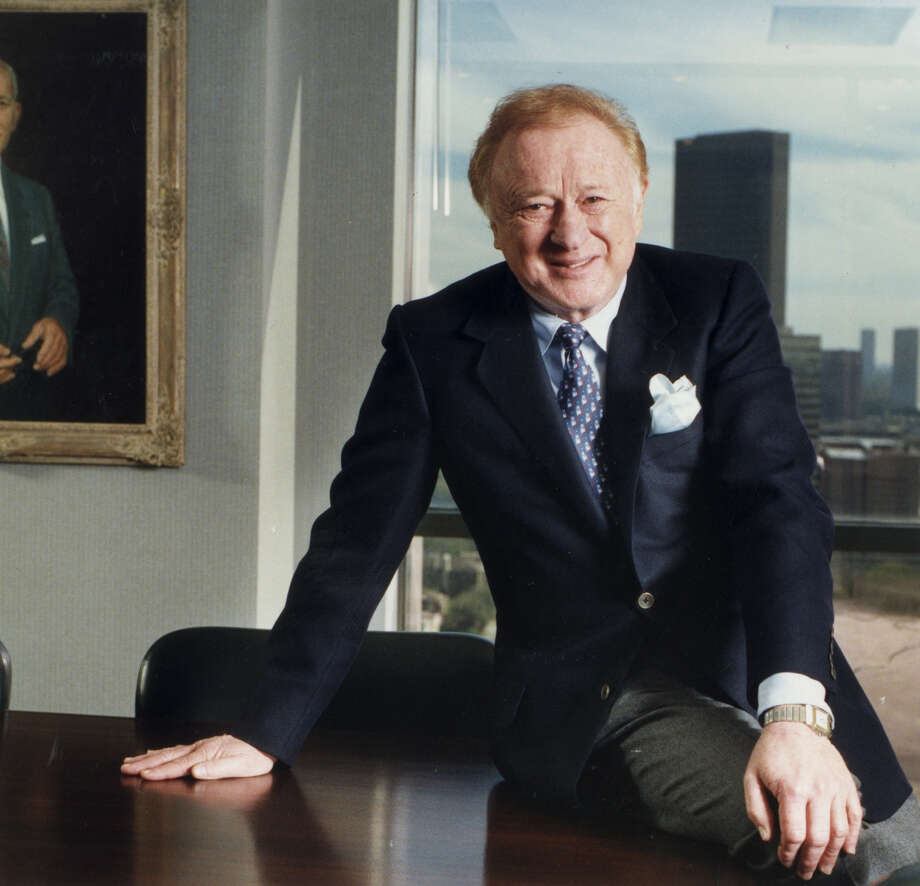Harold Farb, shown in 1998, built the massive Broadway Square complex in the 1970s.  Photo: Betty Tichich, STAFF / HOUSTON CHRONICLE