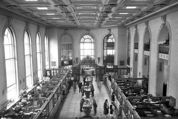 Above: The interior of the Branch of America branch at Powell and Market streets, 1949.
