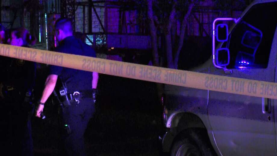 San Antonio Police investigate the scene of a fatal drive-by shooting on the city's Southeast Side. Photo: Screen Grab Courtesy 21 Pro Video