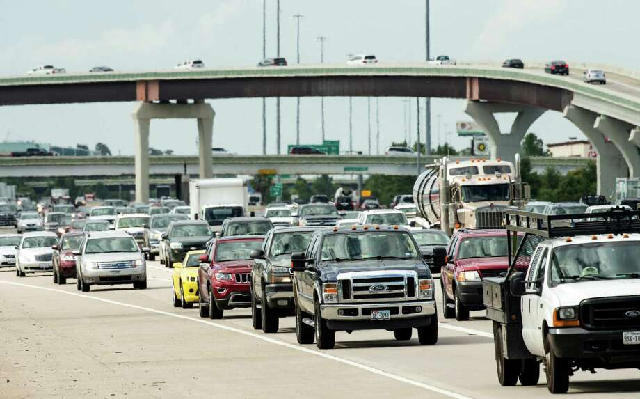Increased commuting to The Woodlands by residents of other parts of the Houston area means I-45 is seeing more vehicles than it was designed to handle. Photo: Brett Coomer, Staff / © 2015 Houston Chronicle