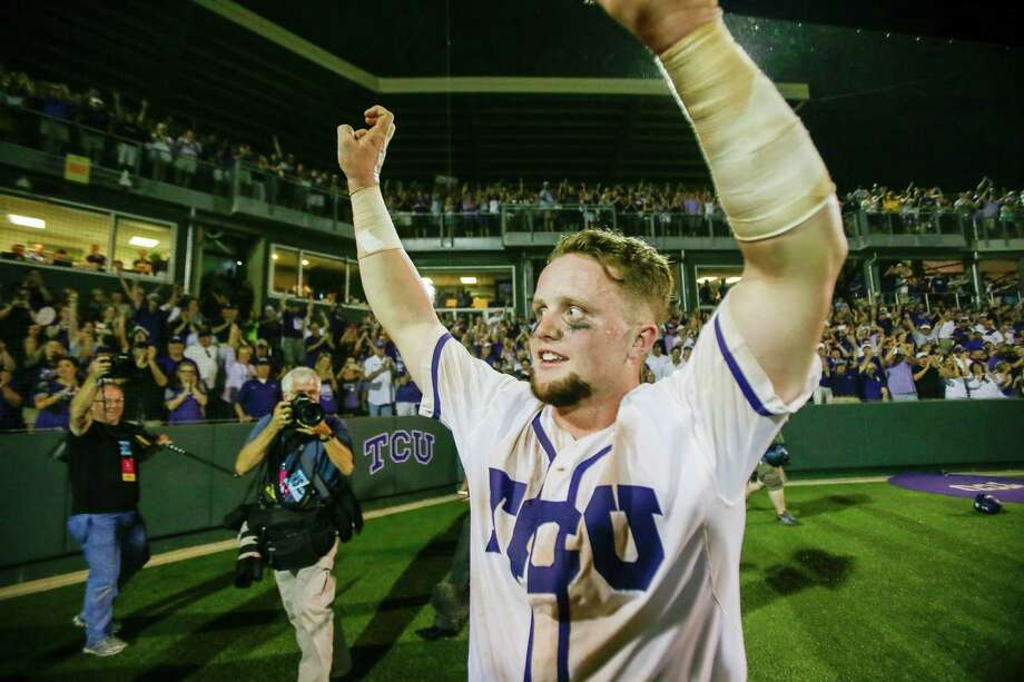 TCU catcher Evan Skoug acknowledges the crowd following the 16th inning of a super regional of the NCAA college baseball tournament against Texas A&M in Fort Worth, Texas, Monday, June 8, 2015. TCU won 5-4. Photo: Tim Sharp /Associated Press / FR62992 AP