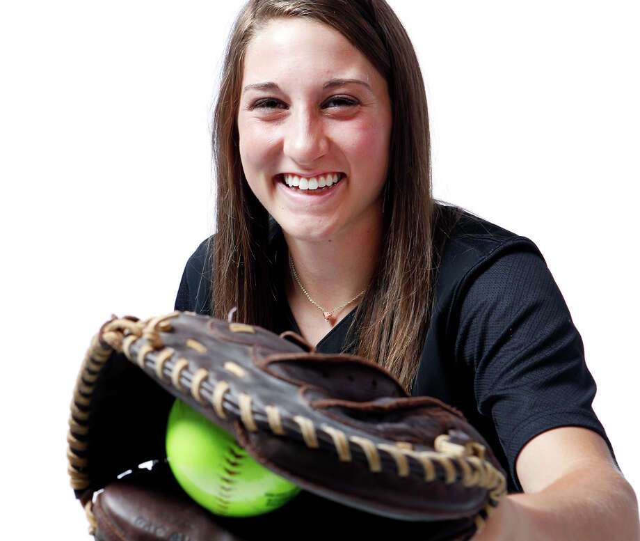 Karli Sewell of Medina Valley is one of the softball players named to the 2015 Express-News All-Area Super Team. Photo: Cynthia Esparza /For The Express-News / ©2015 San Antonio Express-News