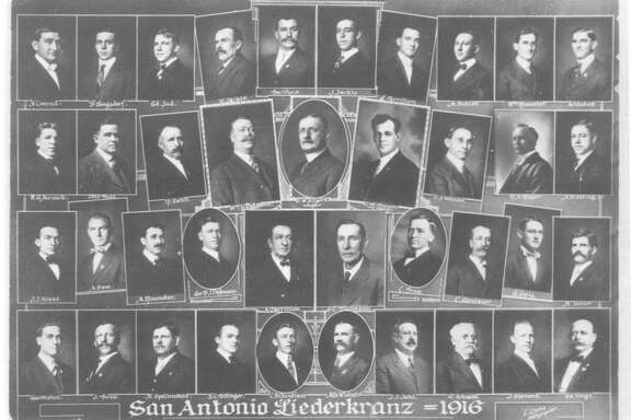 A composite photograph of the members of the San Antonio Liederkranz in 1916.